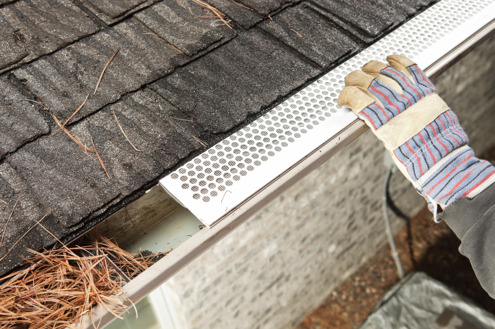 Gutters Amp Gutter Guards Cleveland Lowest Gutter Prices